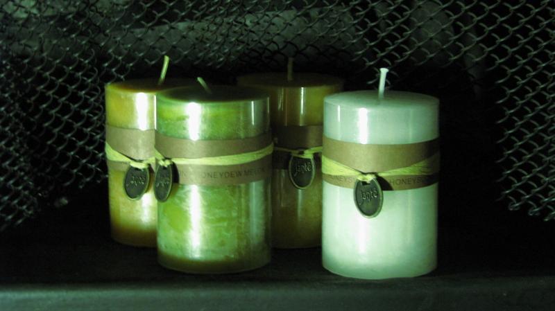 Quiet candles